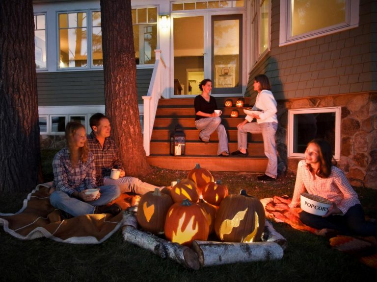 Involve the Kids in Halloween with These Easy Halloween Decorations